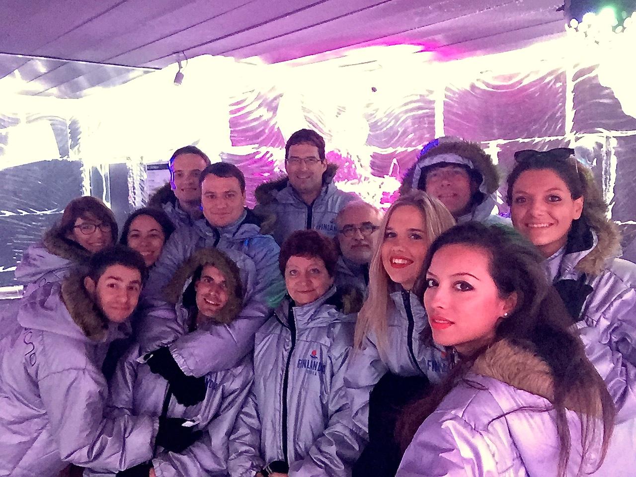 L'équipe d'ARROWMAN Executive Search à l'Ice Bar de Barcelone
